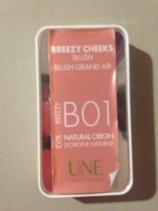 La boîte du blush Grand Air Une Natural Beauty