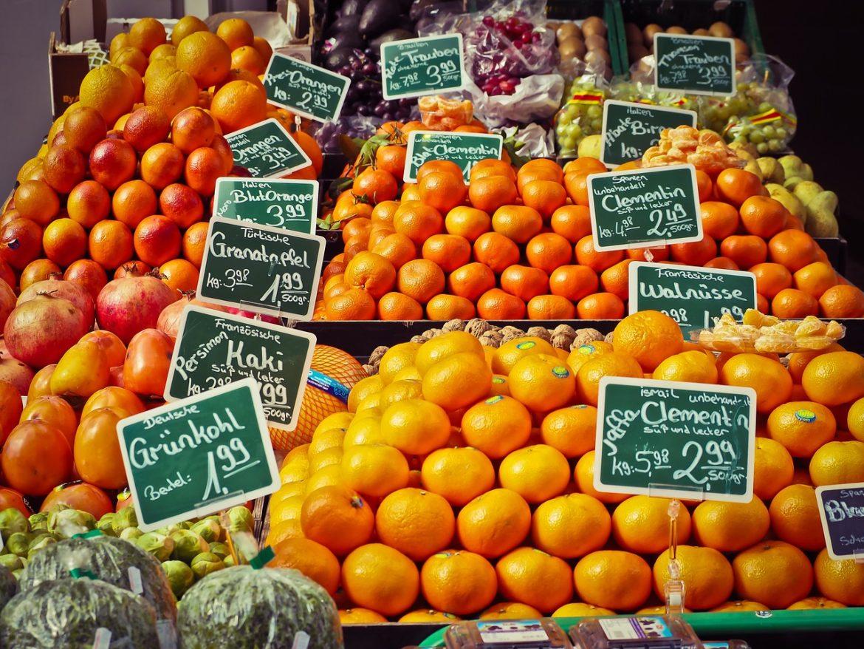 Stand de fruits sur le marché