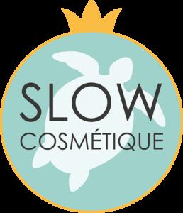 Logo Slow Cosmétique : une tortue entourée d'une couronne