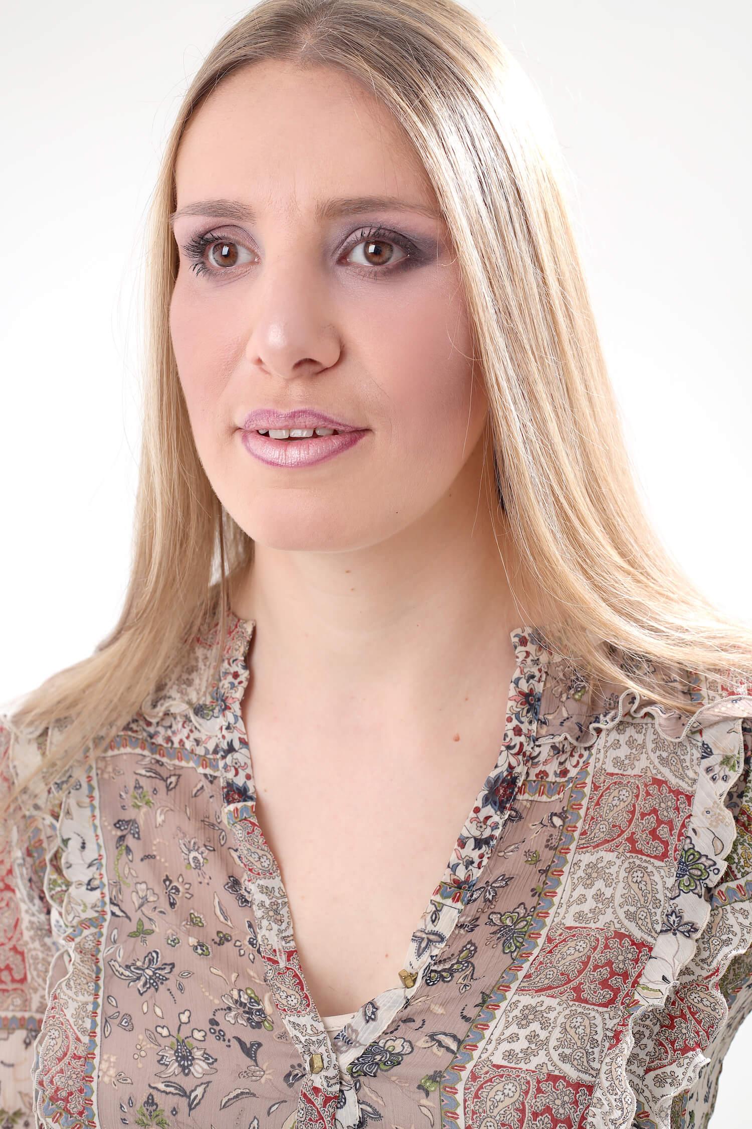 portrait Florie créatrice du blog Dimension Flo